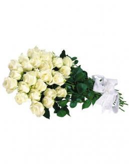 Bouquet of white roses | Flowers on Anniversary flowers