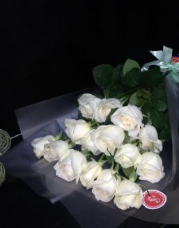 Bouquet of 15 white Dutch roses | Dutch roses