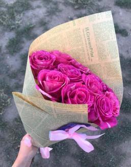 """Жангисина Сауле с букетом """"Букет розовых голландских роз"""""""