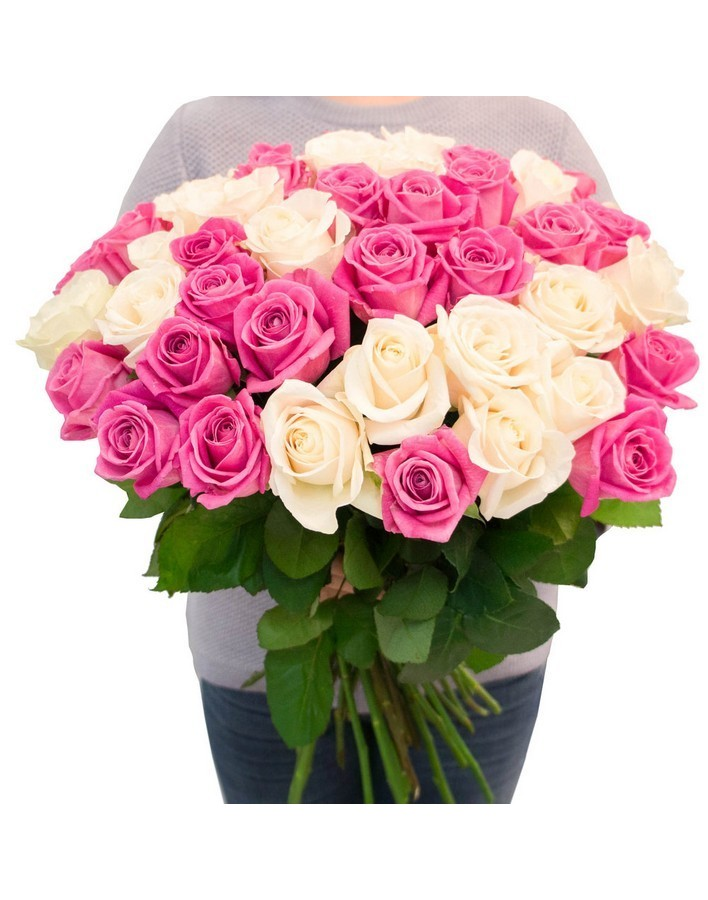 Bouquet of roses: white and pink